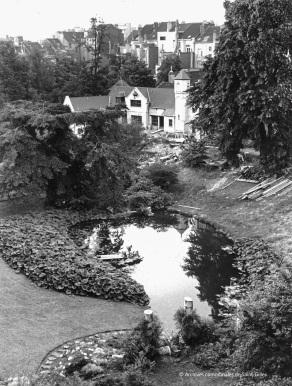 """""""Onze Kring"""" in het Pierre Paulus park in Sint-Gillis, 1973."""