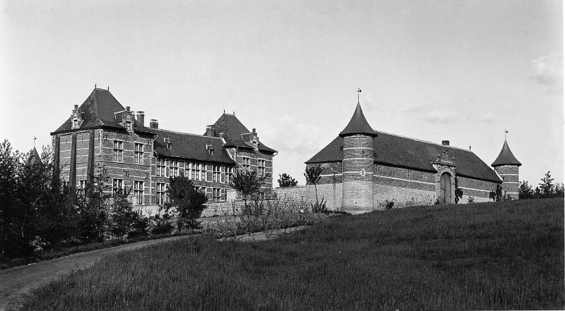 Vue d'ensemble 1910 Coll. Mus+®e communal de WSL