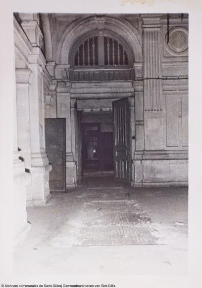 Hôtel des Monnaies en cours de démolition | Het Munthof worden gesloopt