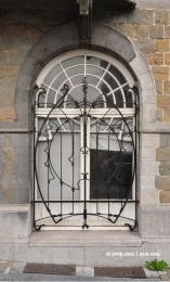 Maison avenue Louis Bertrand n°38 (Schaerbeek), détail de la façade, architecte : Frans Hemelsoet | Huis Louis Betrandlaan nr. 38 (Schaarbeek), detail van de voorgevel, architect : Frans Hemelsoet – photo : © Monuments & Sites – Bruxelles