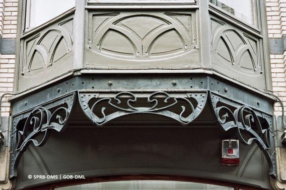 Maison rue Ernest Solvay n°20 (Ixelles), détail de la façade, architecte : Ernest Blerot | Huis Ernest Solvaystraat nr. 20 (Elsene), detail van de gevel, architect : Ernest Blerot - photo: © Monuments & Sites – Bruxelles