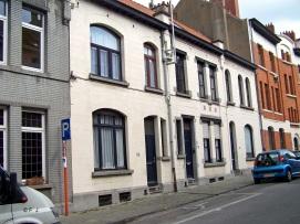 Rue du Corbeau, photo 2009 | Raafstraat, foto 2009 (© F. J.)